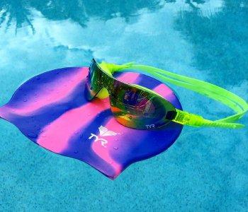 Как правильно хранить очки для плавания?